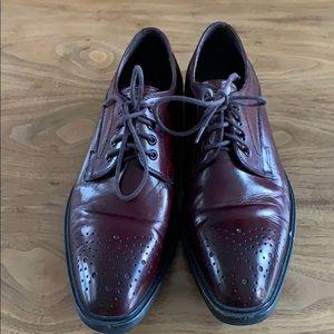 Kenneth Cole dress shoes size 8.5M